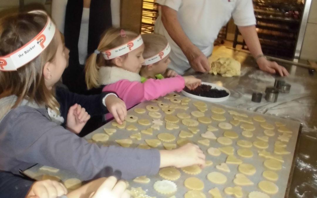 Weiershagener Kitakinder in der Backstube