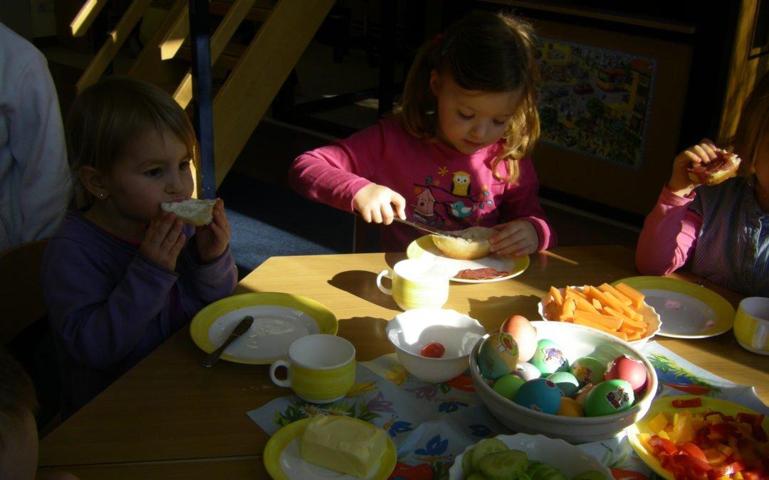 Osterfeier der Kinder